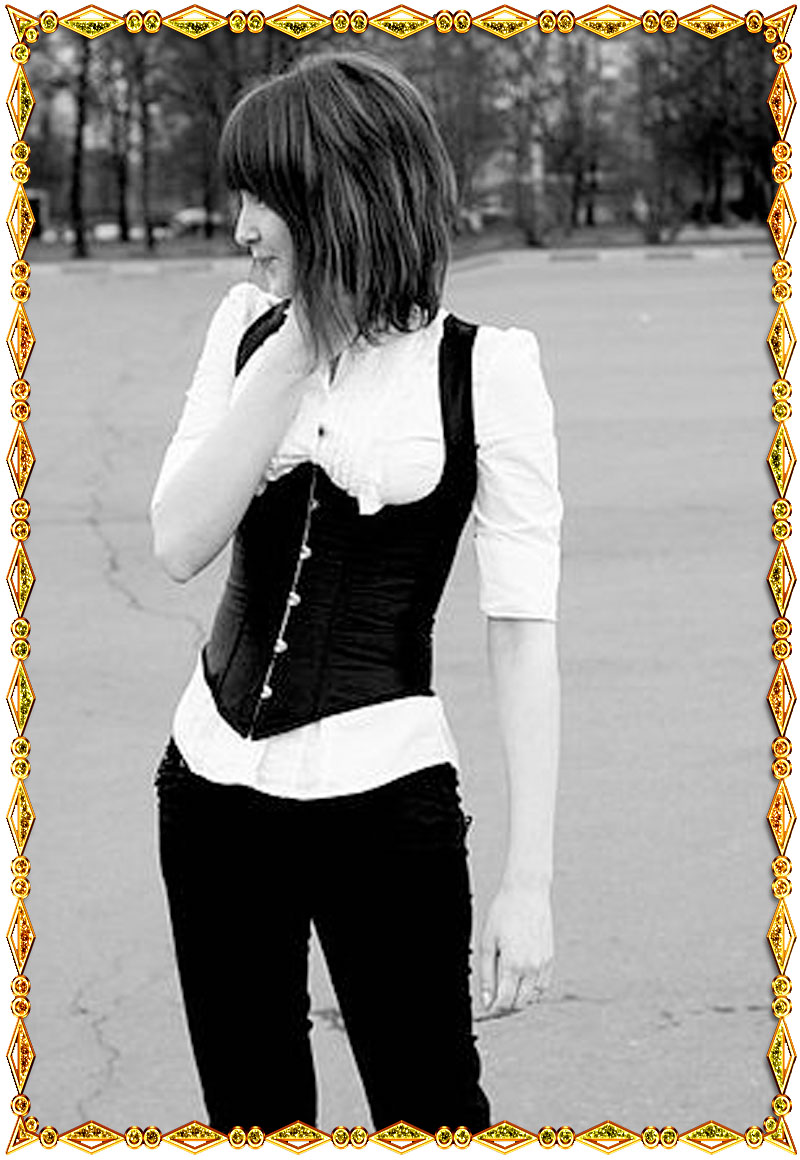 Корсет-жилет черный